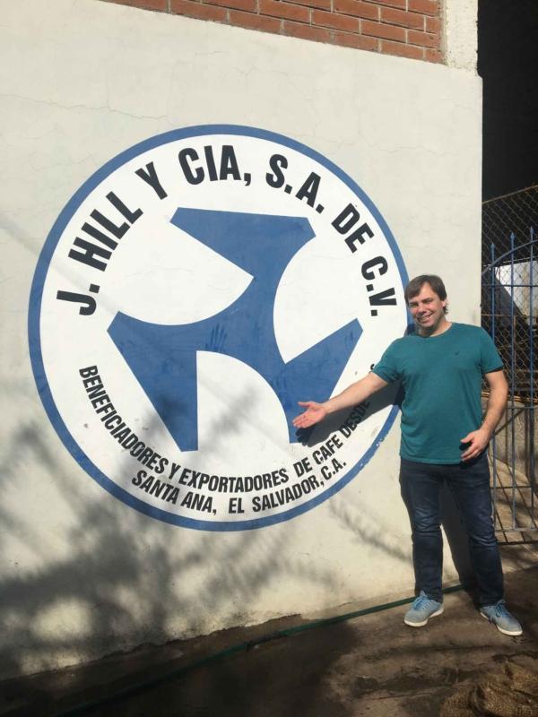 Martin, torréfacteur Brûlerie Des Cantons / café Salvador