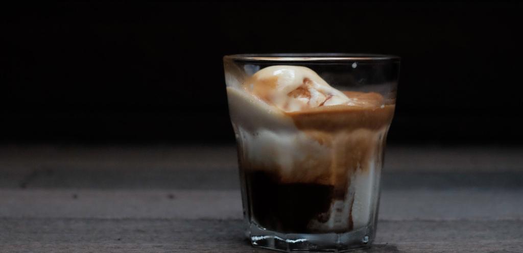 affogato dessert italier à base de café espresso de la Brûlerie des Cantons